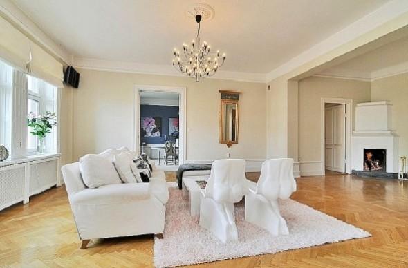 Classic Interior Decor Apartment-living room