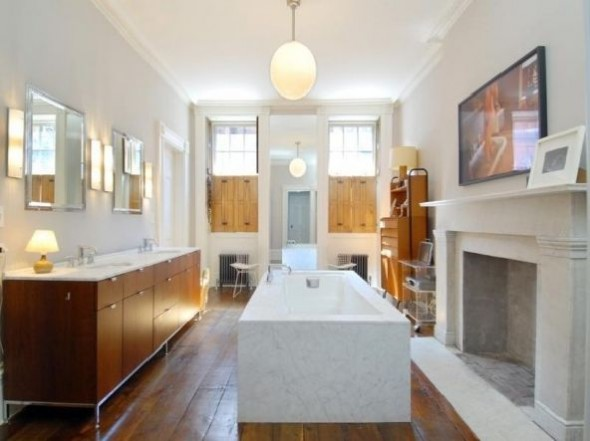 Julianne Moore Luxury Apartment Bathroom Design