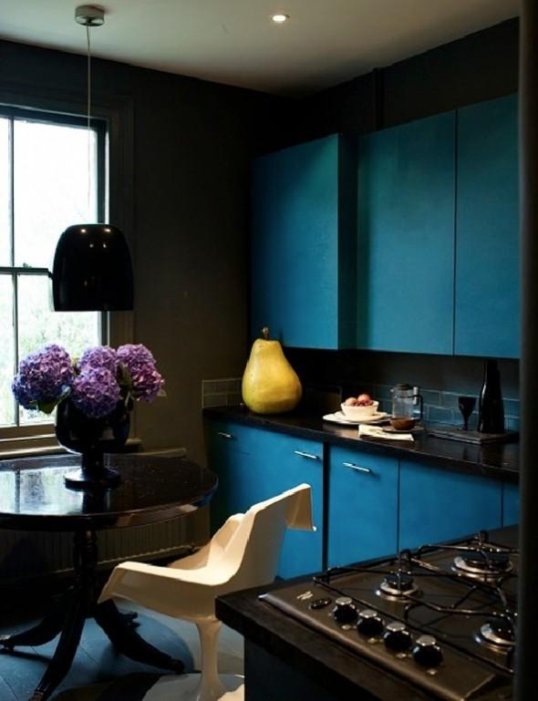 Low Budget Apartment-Kitchen