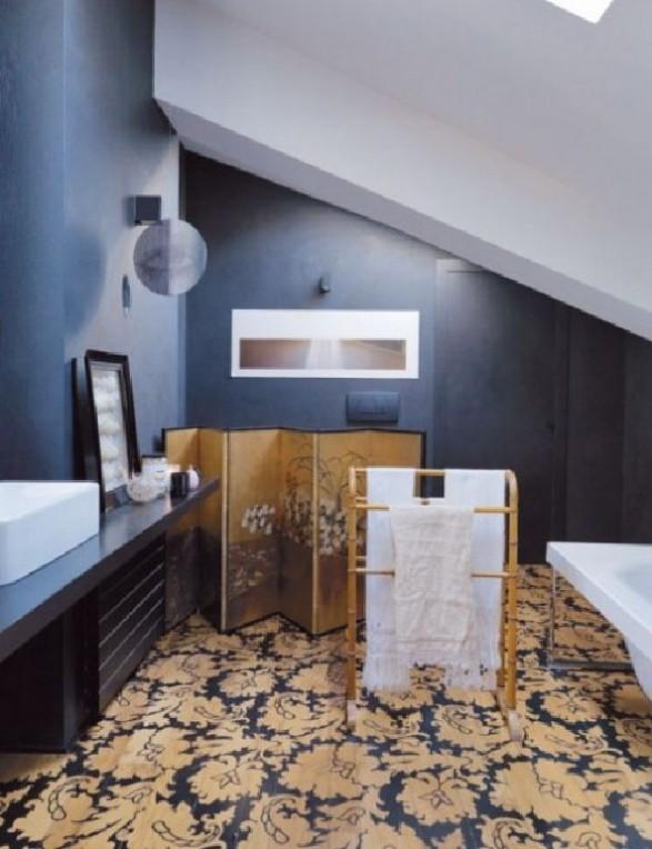 Bathroom purple loft