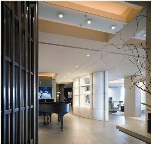 Apartment by Olson Sundberg Kundig Allen Architects