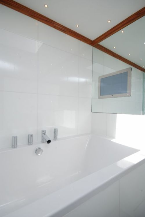 Modern Bath Tube London Penthouse Apartment