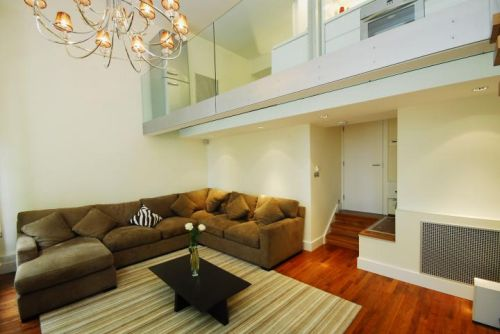 Reception Luxury Two Bedrooms Apartment in London
