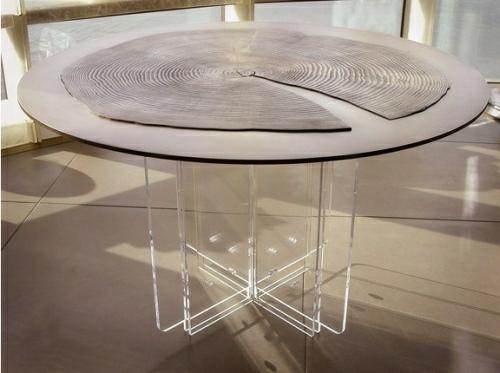 Table Seattle Glass Apartment by Olson Sundberg Kundig Allen Architects