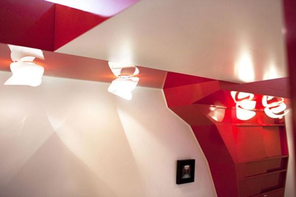 23 Square Meter Apartment in Paris called Red Nest Apt Interior08