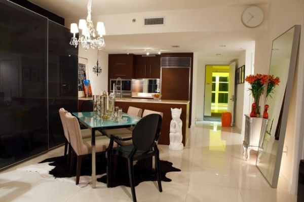 The high rise apartment in Miami, dining room
