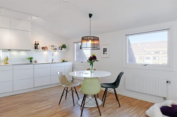 White ApartWhite Apartments in Sweden Interior-modern chairments in Sweden Interior-mdoern chair