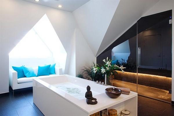 Contemporary bath tube Apartment budha accents