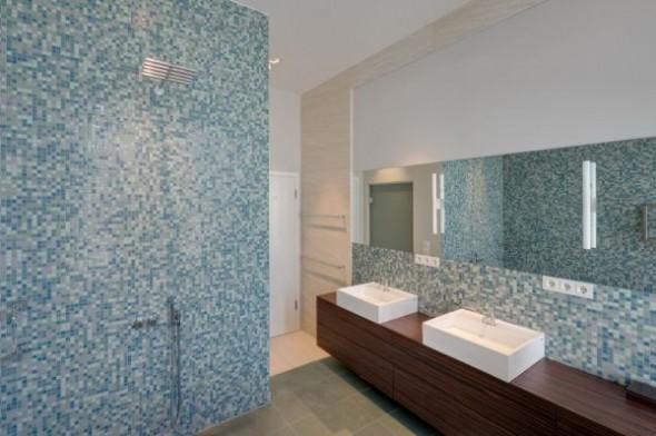 bathroom Wilhelminian Apartment Berlin