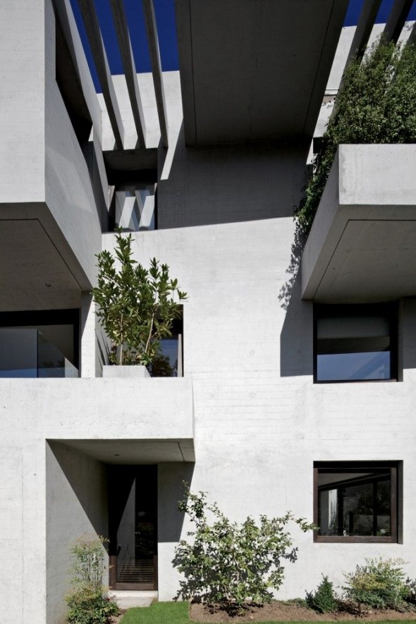 Ignacia Apartments fuse contemporary design with_b658ll_sustainability - Gonzalo Mardones Viviani Architects