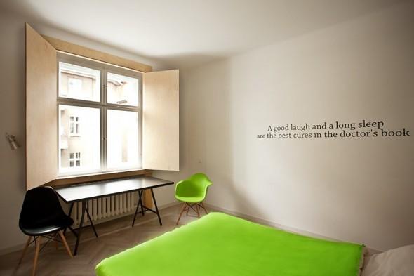 Green Bedroom - Small Polish Apartment Designs