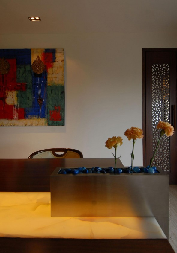 Table Ideas - Bangalore Duplex Apartment